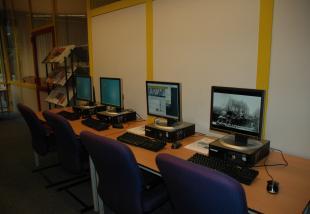 Uitbreiding aantal computers in studiezaal