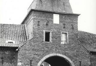 Passart-Nieuwenhagen, kasteel en hoeve