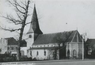Kerk H. Johannes Evangelist, oud (Hoensbroek)